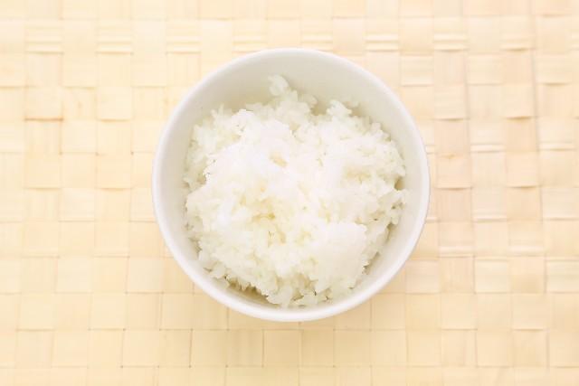 なぜ、炊飯前にお米を「1時間」水に浸すのか?米屋の豆知識