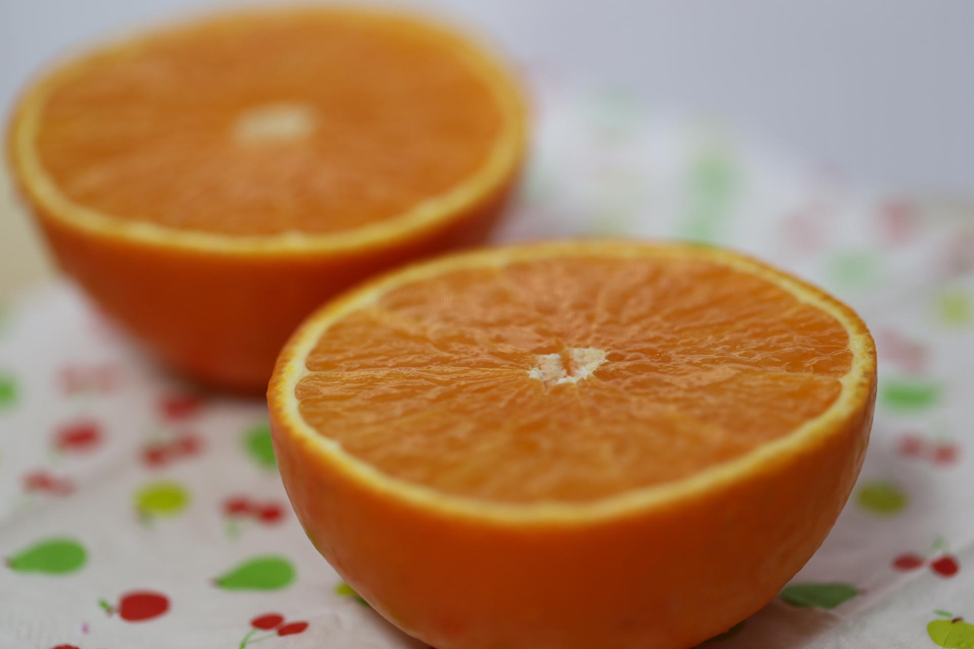 1月までの期間限定、ゼリーのような食感の柑橘。紅まどんな