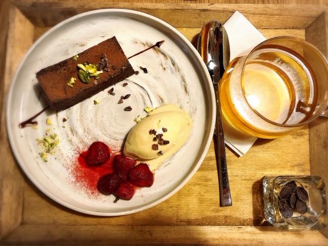 名古屋・新栄 名古屋初の生ガトーショコラを食べられる「Cinque5 (チンクエ)」