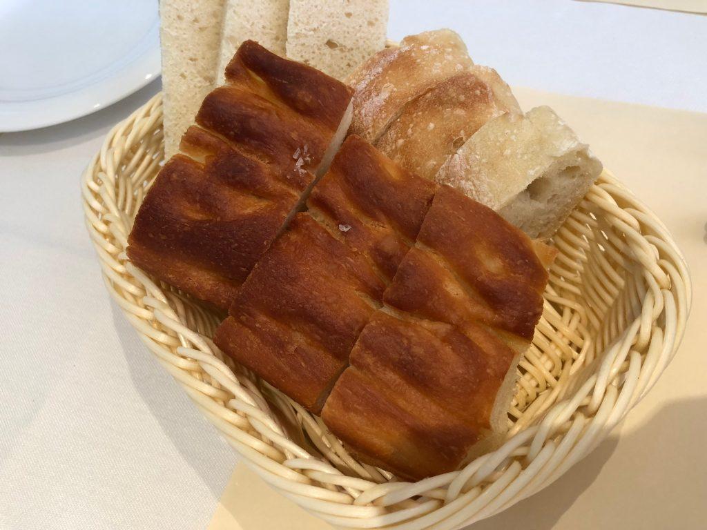 ラ・ベットラ・ダ・オチアイ ナゴヤのランチパン