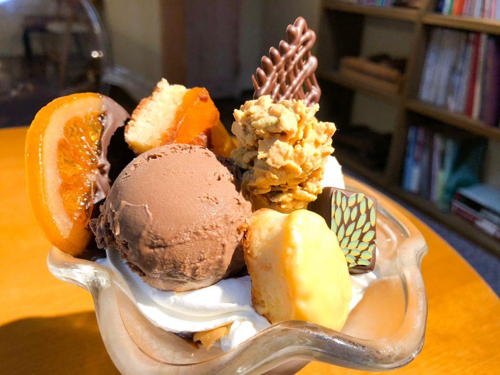 チョコレートカフェクオレのパフェ