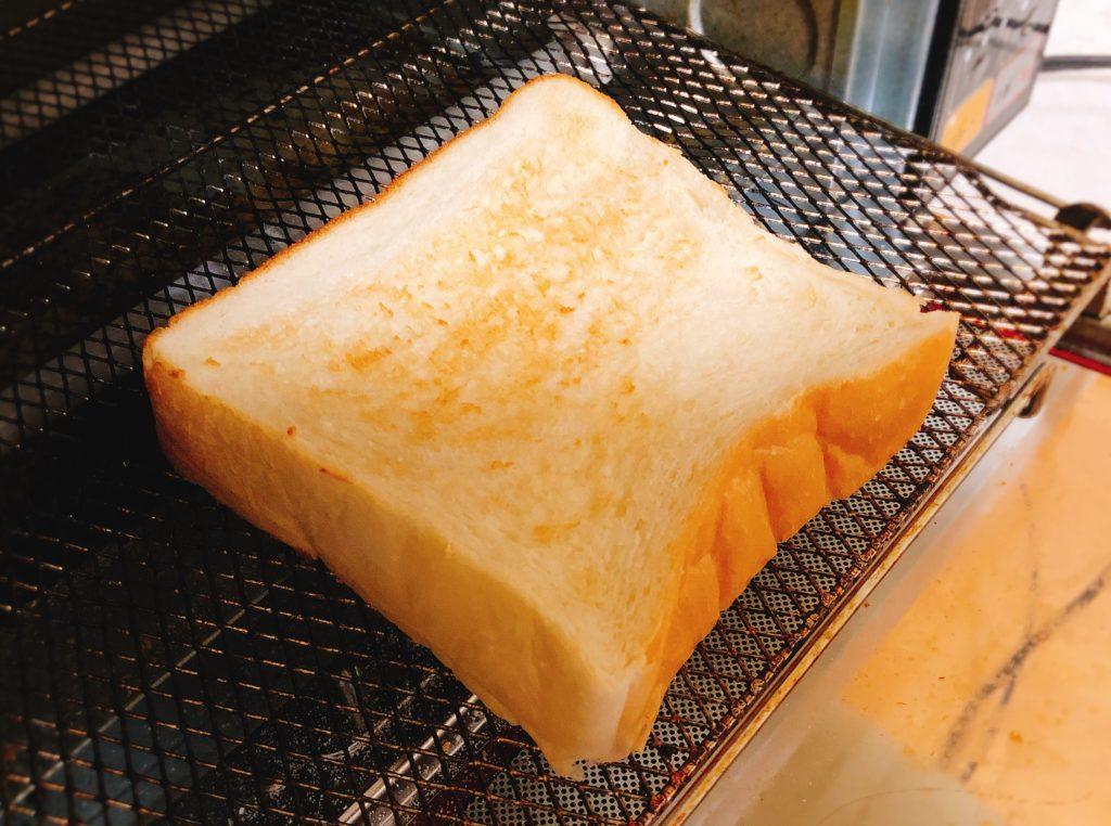 広小路伏見 い志かわ トースト 食パン