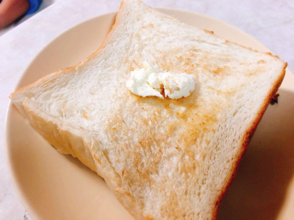 広小路伏見 い志かわ 食パン バター