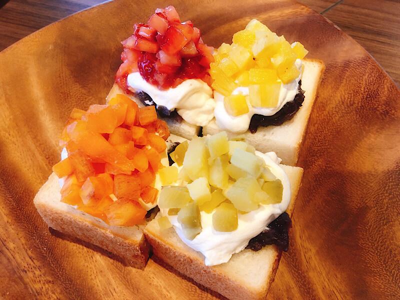 ダカフェ四季盛りトースト