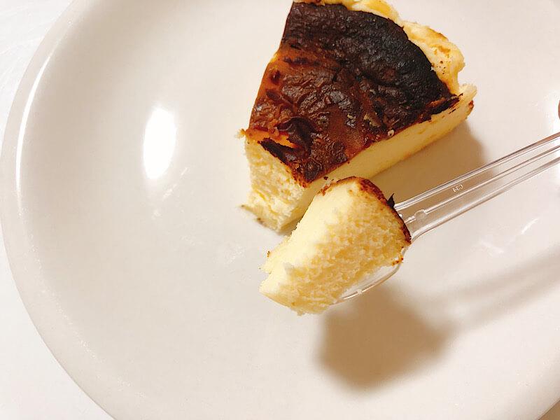 カフェドリオンパレットのバスクチーズケーキ
