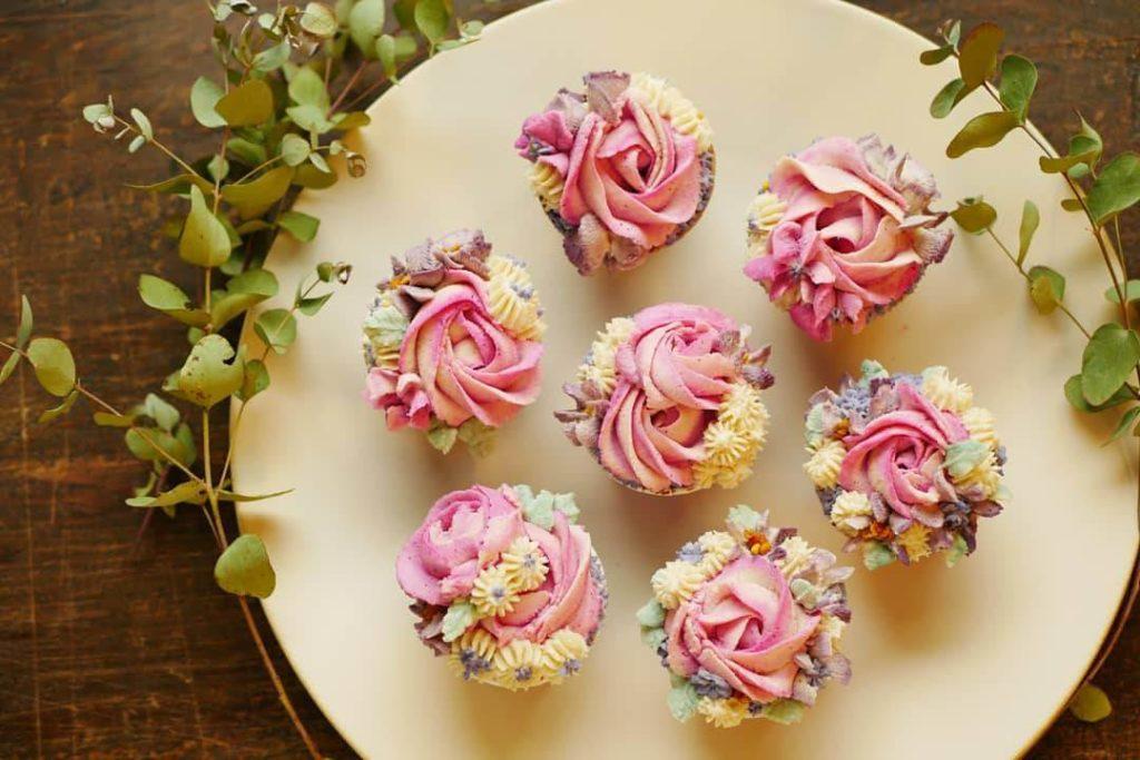 古屋千夏さんの花のロースイーツのチョコレート