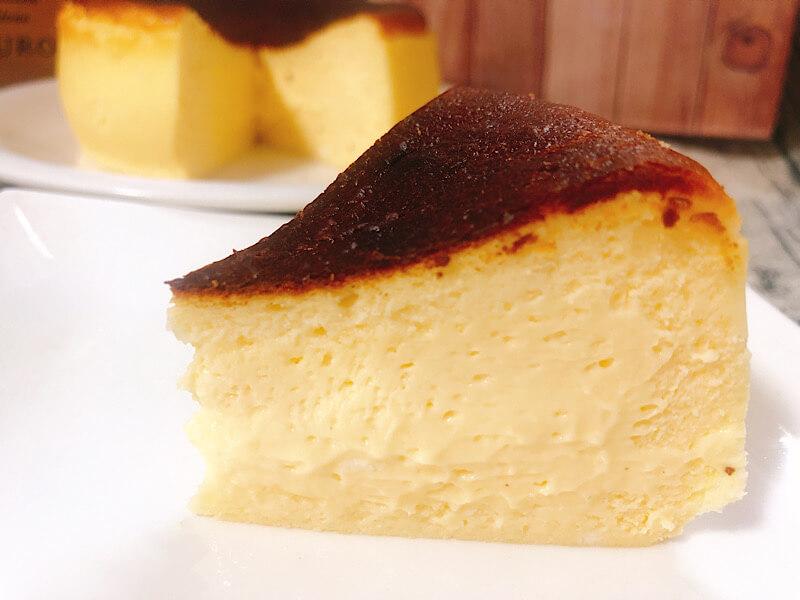 Makkuro バスクチーズケーキ専門店のバスクチーズケーキ