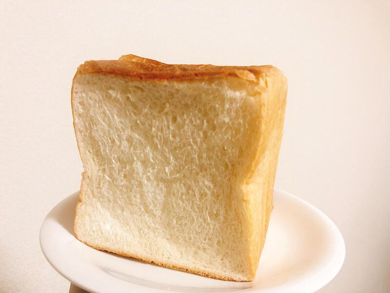 マコパンの食パン