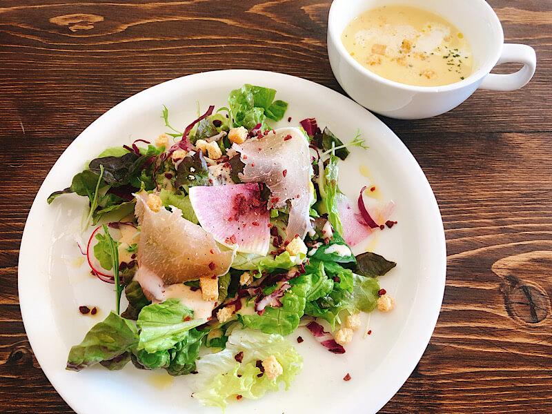 towacafeのサラダ