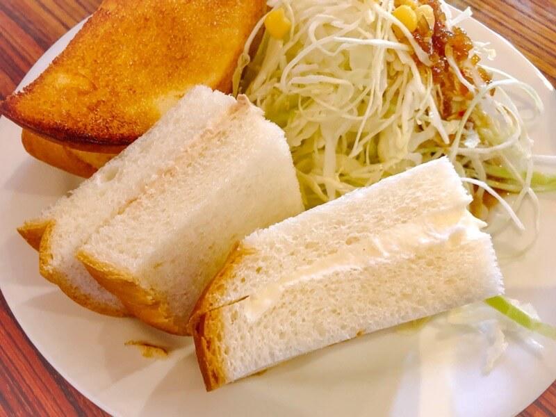 一宮 ココロカフェのモーニングのサンドイッチ