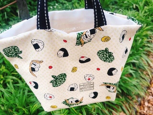 インダストリアルカフェのフルーツサンド袋