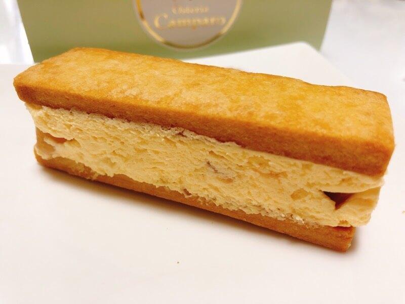 オステリアカンパーロの桃のバターサンド