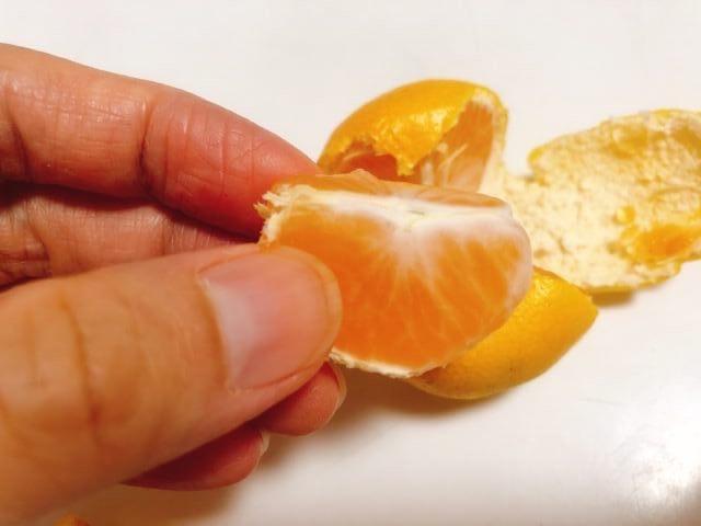 みかんの皮の剥き方