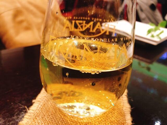 スペインバル REGOLITH白ワイン