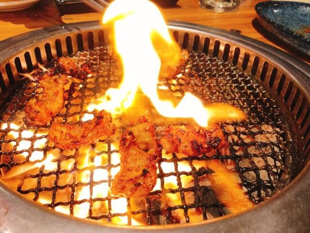 肉卸直送焼肉たいが錦店の牛ホルモン