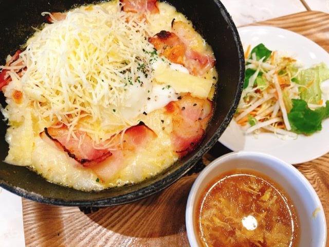 チーズドリアスイーツのパルメザンのカルボナーラ風ドリア