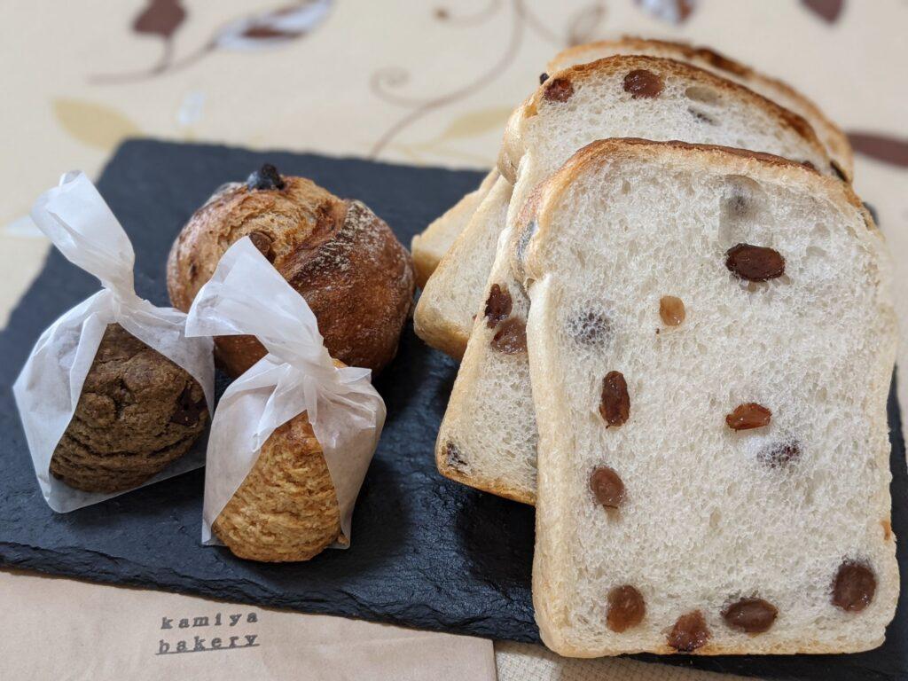 カミヤベーカリーのパン